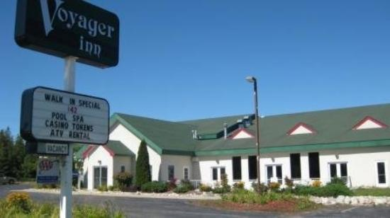 Voyager Inn of Saint Ignace : Exterior View