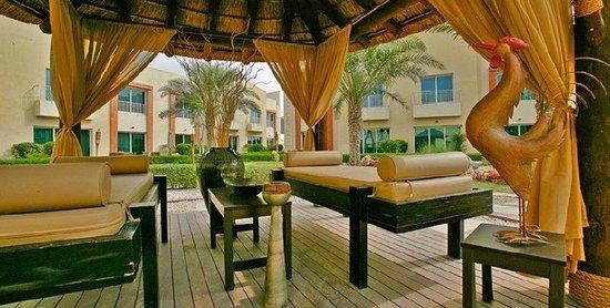 Rose Garden Hotel Apartments - Bur Dubai: Garden