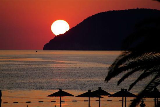Hotel Princess: Zachód słońca z tarasu był przedni