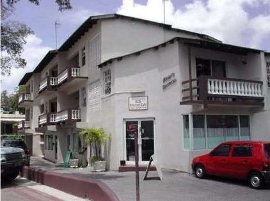 Vanguard Hotel : Exterior