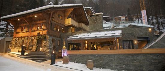 CERVO Zermatt: Exterior