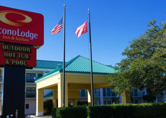 Photo of Econo Lodge Inn & Suites Foley