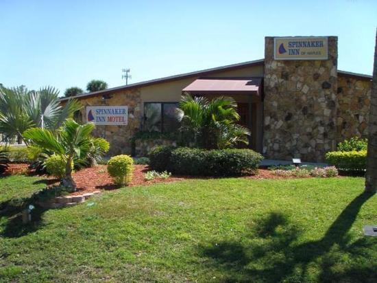 Spinnaker Inn of Naples: Spinnaker Inn Motel