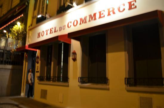 Hotel du Commerce: Fachada do hotel