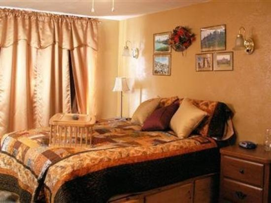Whitebird Summit Lodge : Guest Room -OpenTravel Alliance - Guest Room-