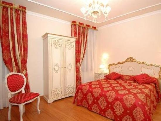 Hotel San Luca: Superior Double Room