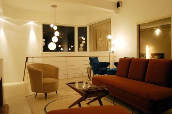 MY ba Hotel: Lobby View