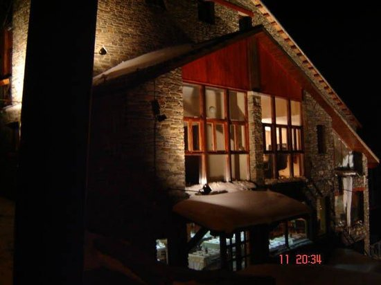 Hotel Subira: The Hotel