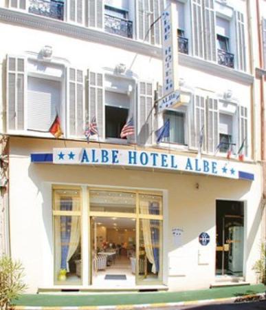 Hotel Cannes Croisette: Exterior View