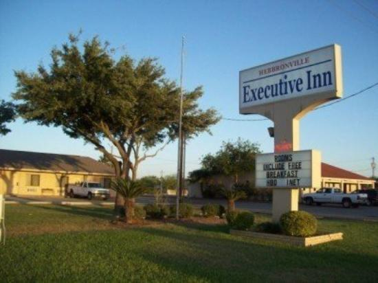 Photo of Executive Inn Hebbronville