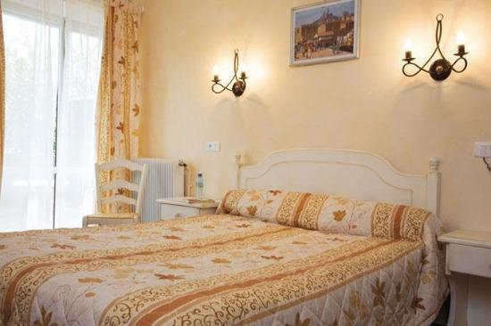 Le Mozart Hotel
