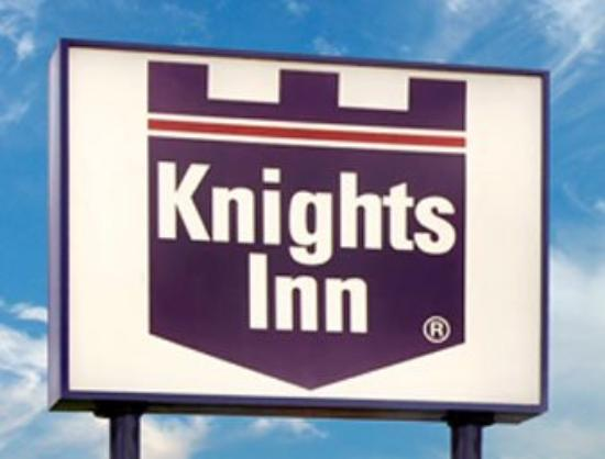 Plantation Inn: Welcome to the Knights Inn Lafayette