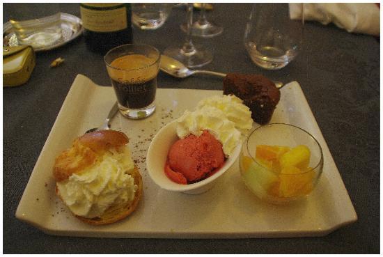 Hotel Restaurant Le Bon Duc: Le café goumand