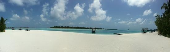 Naladhu Private Island Maldives: the beach