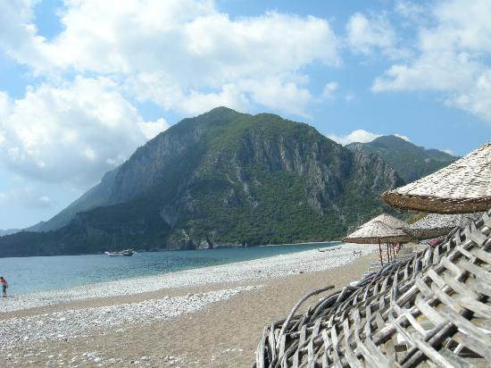 Ikiz Pension: Beach Area