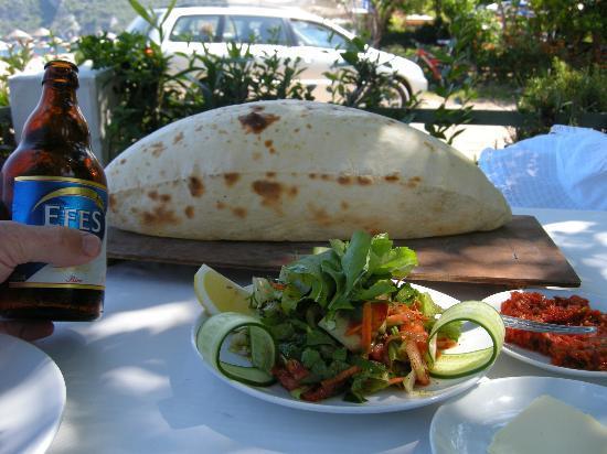 Ikiz Pension: Ikiz Beach Restaurant
