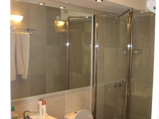 Katerina Mare: bagno camera 209