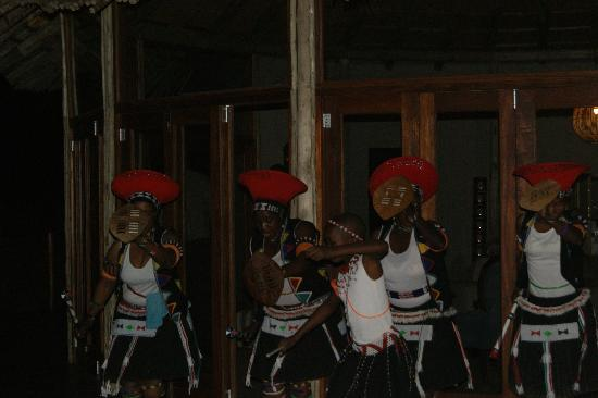 Thanda Private Game Reserve: entertainment