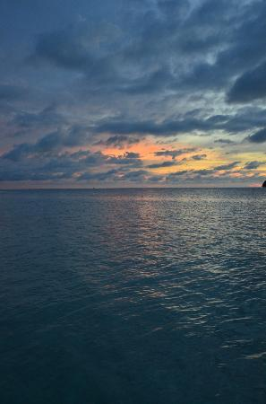 Black Marlin Dive Resort: Abenddämmerung