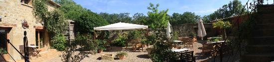 Murillo de Gallego, Espanha: El patio del Hotel con Encanto el Corral de Concilio