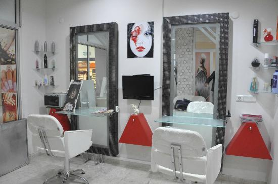 hair & beauty salon wıth turkish barber - Bild von Sanctuary Day Spa ...