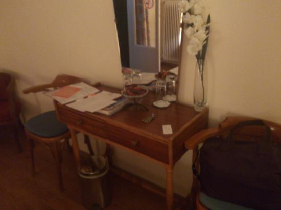 Dalia Hotel: comfortable furniture
