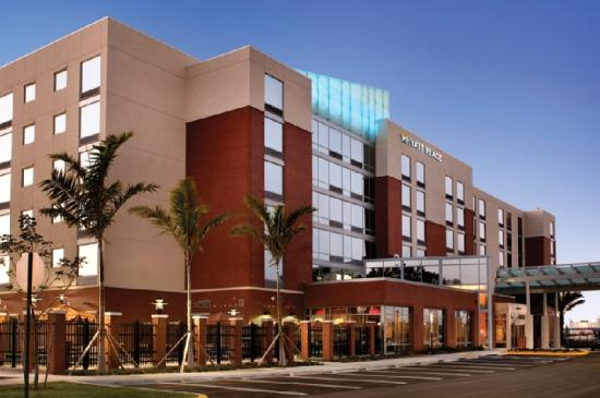 Hyatt Place Ft. Lauderdale Airport & Cruise Port: Exterior