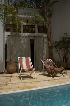 Riad Alma: swimming pool area