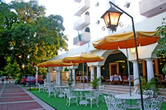 Montejo Palace: Farolas