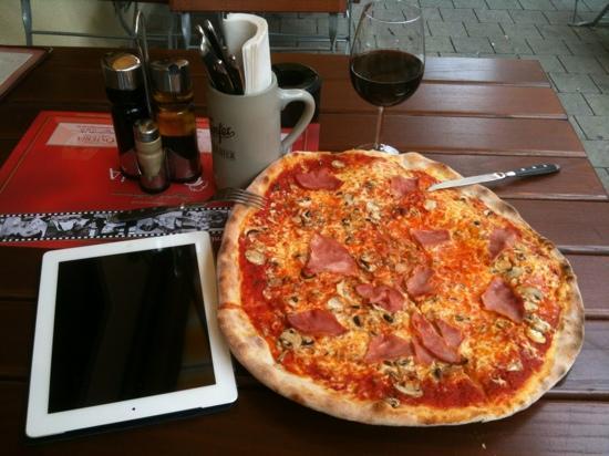 Osteria Hauptmarkt: Pizza Prosciutto e Funghi
