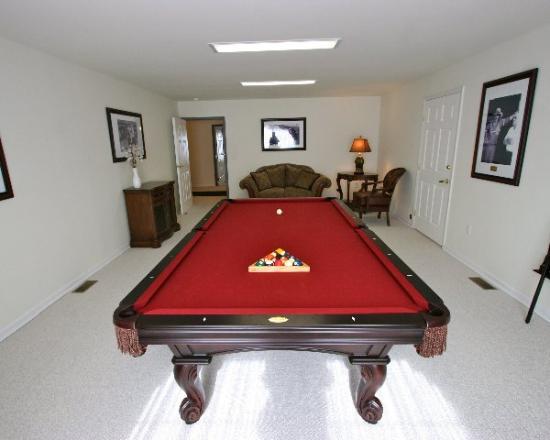 The Village at Pocono: Billiard