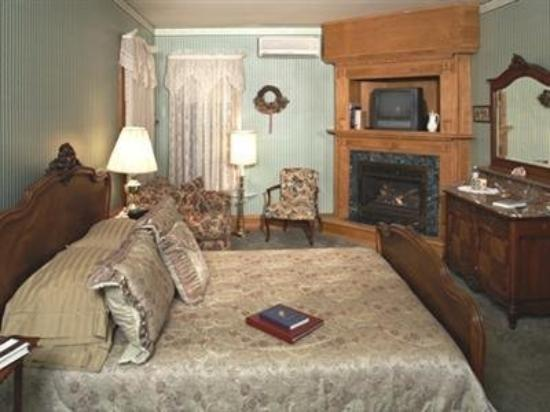 The Governor's Inn: Guest Room