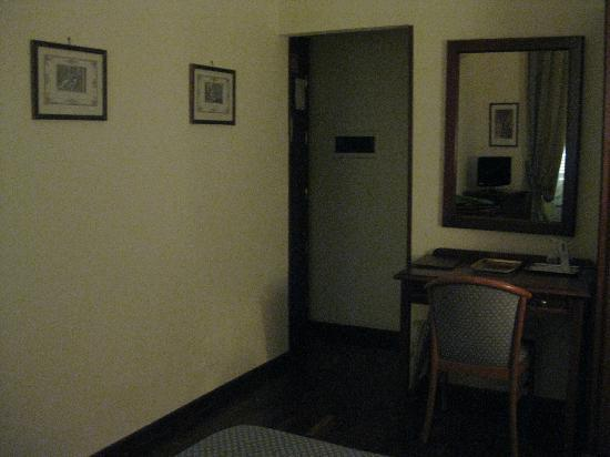 Hotel Medici: Oda