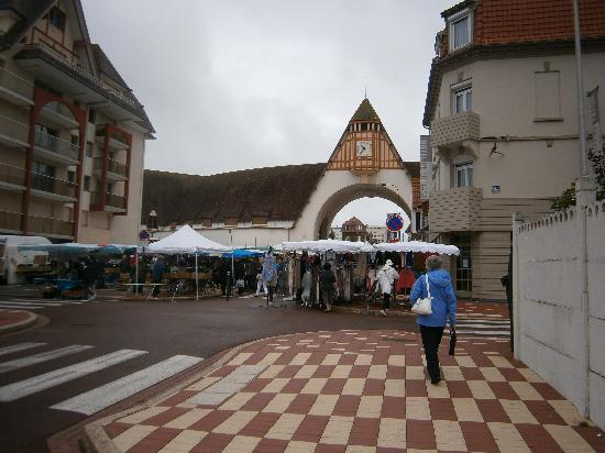 Le Touquet – Paris-Plage, France : Markt in Le touquet