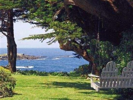 Agate Cove Inn Hotel: Exterior View