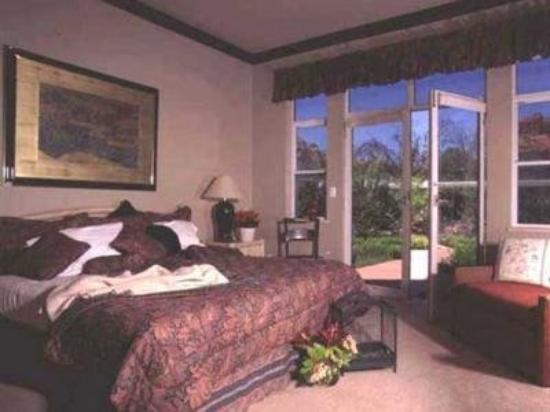 SunCatcher Bed & Breakfast: Interior