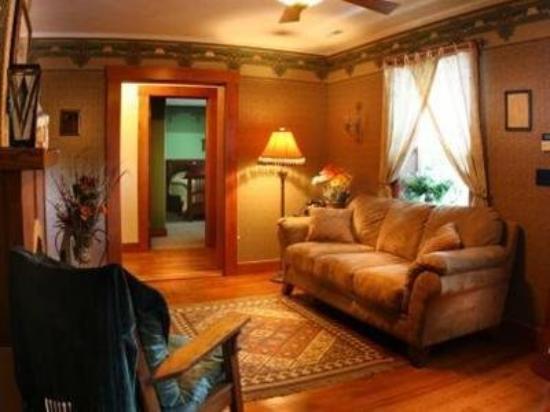 Anniversary House: Interior Lobby