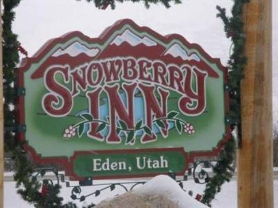 Snowberry Inn Bed & Breakfast: Exterior