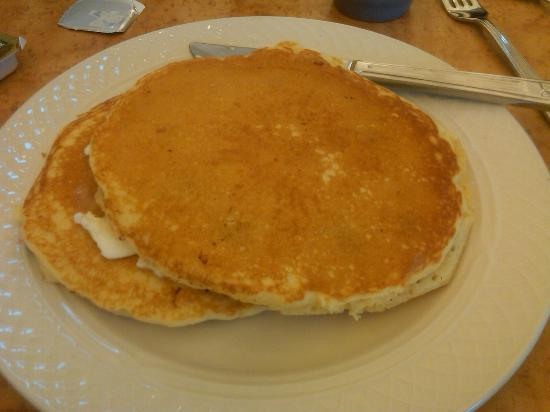 Hilton Garden Inn Indianapolis Northeast / Fishers: Delicious blueberry pancakes made to order!