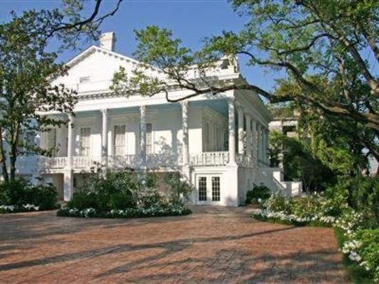 Magnolia Mansion