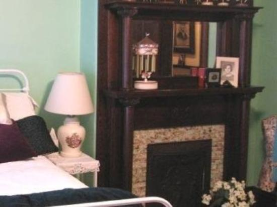Fairchild's Bed & Breakfast, LLC: Interior