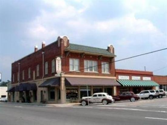 Photo of Hotel DeFuniak DeFuniak Springs
