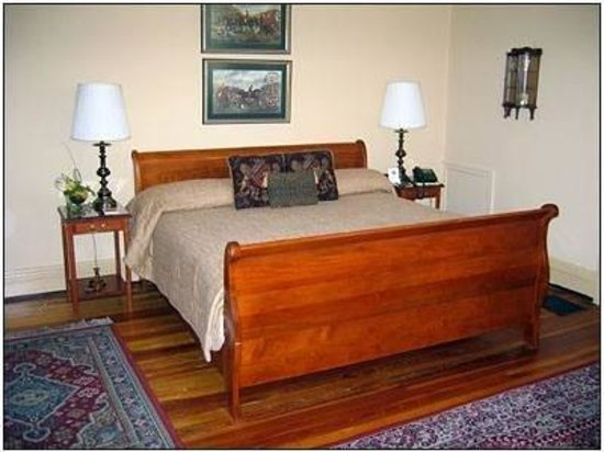 Photo of The Bennett House Bed and Breakfast Richmond