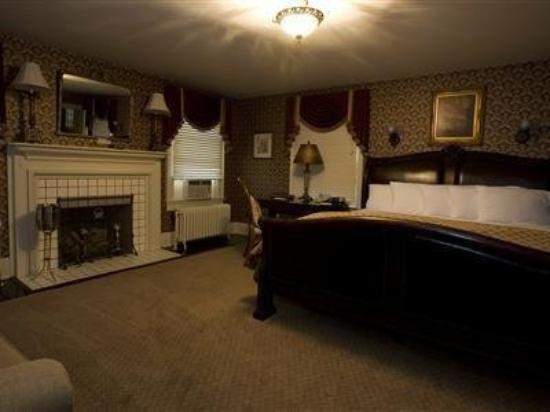 Julia's Bed & Breakfast: Guest Room
