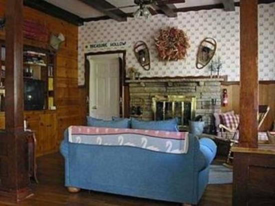 Old Town Guest House: Interior