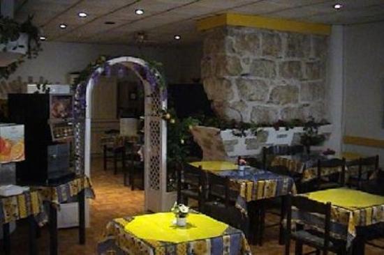 Hotel Azur Riviera: Sallepdj