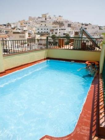Hotel Carmen: Pool View