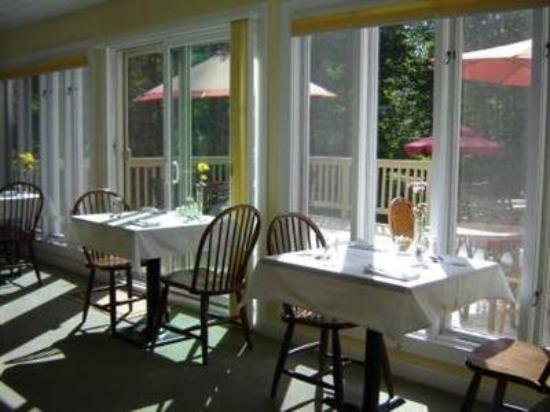 White Horse Inn: Interior