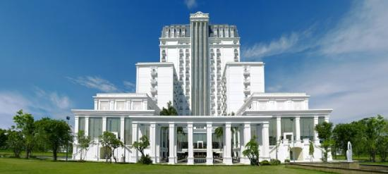 Indochine Palace: Exterior