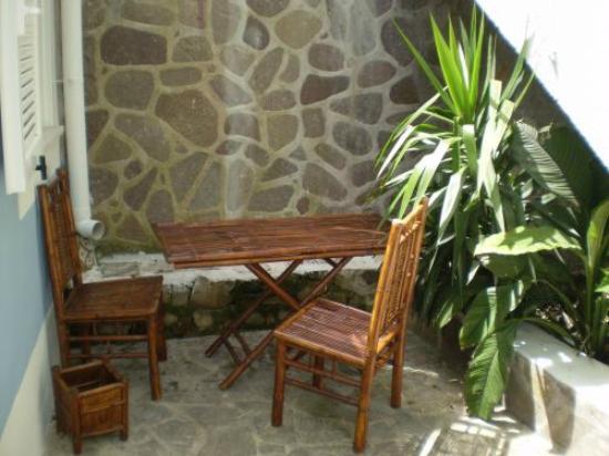 Cala Cavone Resort: ingresso camera